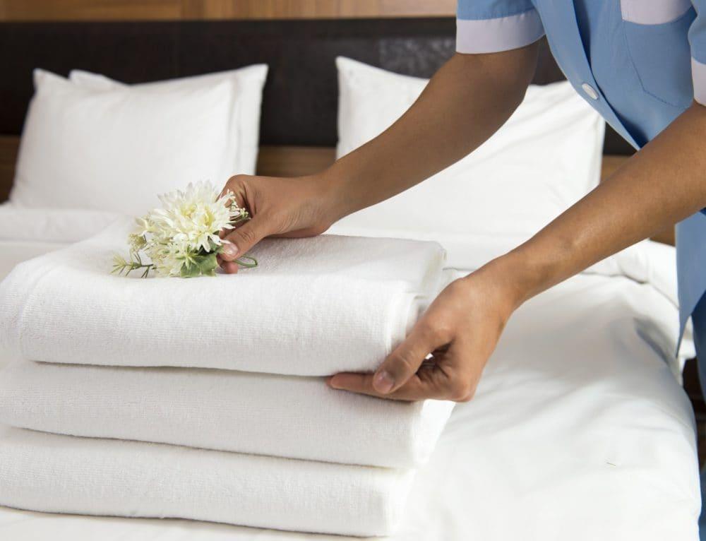 Czym jest tzw. doba hotelowa?