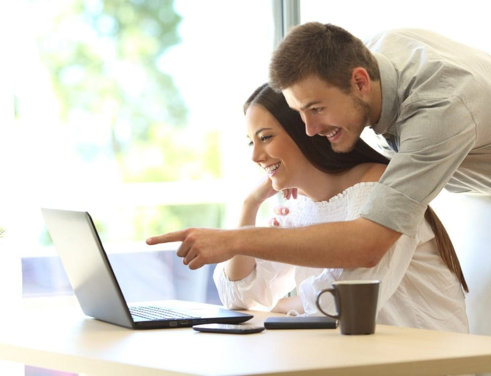 Dlaczego warto szukać hotelu w internecie?